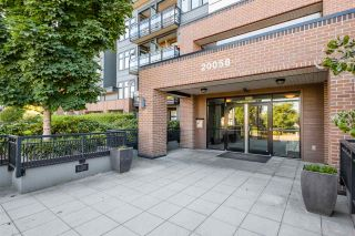 "Photo 1: 204 20058 FRASER Highway in Langley: Langley City Condo for sale in ""VARSITY"" : MLS®# R2495290"