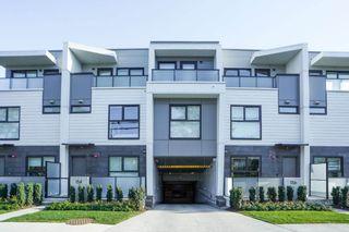 Photo 2: 146 W WOODSTOCK Avenue in Vancouver: Oakridge VW Townhouse for sale (Vancouver West)  : MLS®# R2617363