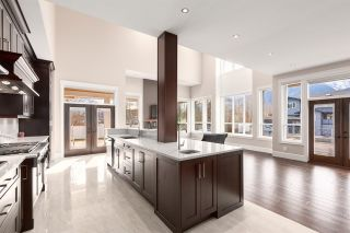 """Photo 3: 1020 STARVIEW Place in Squamish: Tantalus House for sale in """"TANTALUS"""" : MLS®# R2536297"""