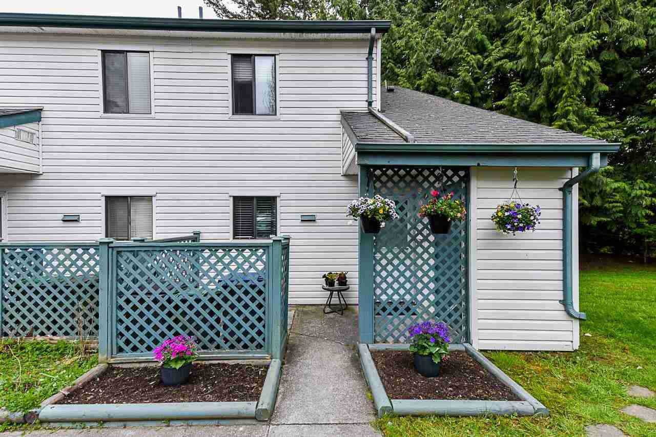 """Main Photo: 6 6601 138 Street in Surrey: East Newton Townhouse for sale in """"HYLAND CREEK"""" : MLS®# R2572651"""