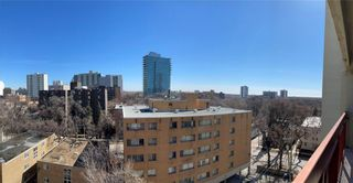 Photo 15: 909 15 Kennedy Street in Winnipeg: Downtown Condominium for sale (9A)  : MLS®# 202105840