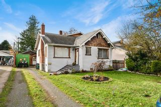 Photo 1: 13 W Maddock Ave in Saanich: SW Gorge House for sale (Saanich West)  : MLS®# 860784