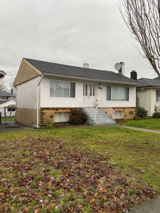 Photo 2: 5779 CLARENDON Street in Vancouver: Killarney VE House for sale (Vancouver East)  : MLS®# R2527690