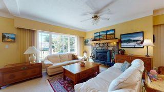 Photo 6: 2635 Mt. Stephen Ave in Victoria: Vi Oaklands House for sale : MLS®# 854898