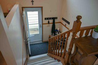 Photo 3: 9525 185 Street in Edmonton: Zone 20 House for sale : MLS®# E4254908