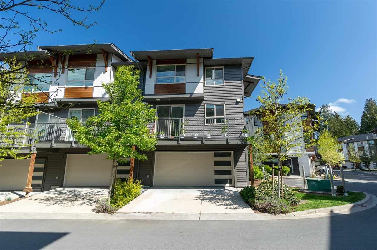 """Main Photo: 59 8508 204 Street in Langley: Willoughby Heights Townhouse for sale in """"Zetter Place"""" : MLS®# R2584531"""