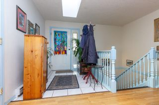 Photo 11: 576 Delora Dr in : Co Triangle House for sale (Colwood)  : MLS®# 872261