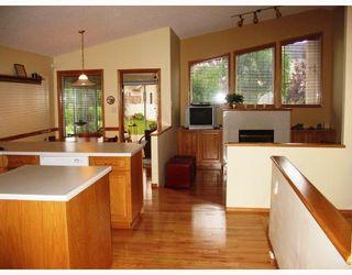 Photo 2: 30 STONINGTON Bay in WINNIPEG: River Heights / Tuxedo / Linden Woods Residential for sale (South Winnipeg)  : MLS®# 2816879
