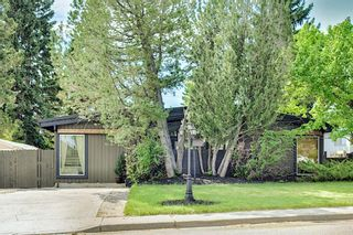 Main Photo: 20 Southampton Drive SW in Calgary: Southwood Detached for sale : MLS®# A1116477