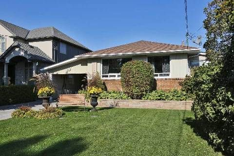 Main Photo: 371 Broadway Avenue in Milton: Old Milton House (Bungalow) for sale : MLS®# W3030781