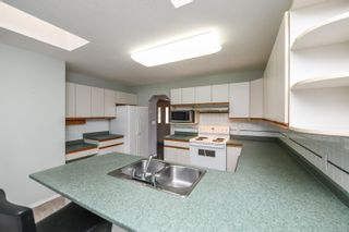 Photo 16: 151 Pritchard Rd in Comox: CV Comox (Town of) House for sale (Comox Valley)  : MLS®# 887795