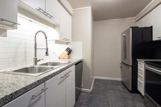 """Photo 10: 601 388 DRAKE Street in Vancouver: Yaletown Condo for sale in """"GOVERNORS TOWER"""" (Vancouver West)  : MLS®# R2616318"""