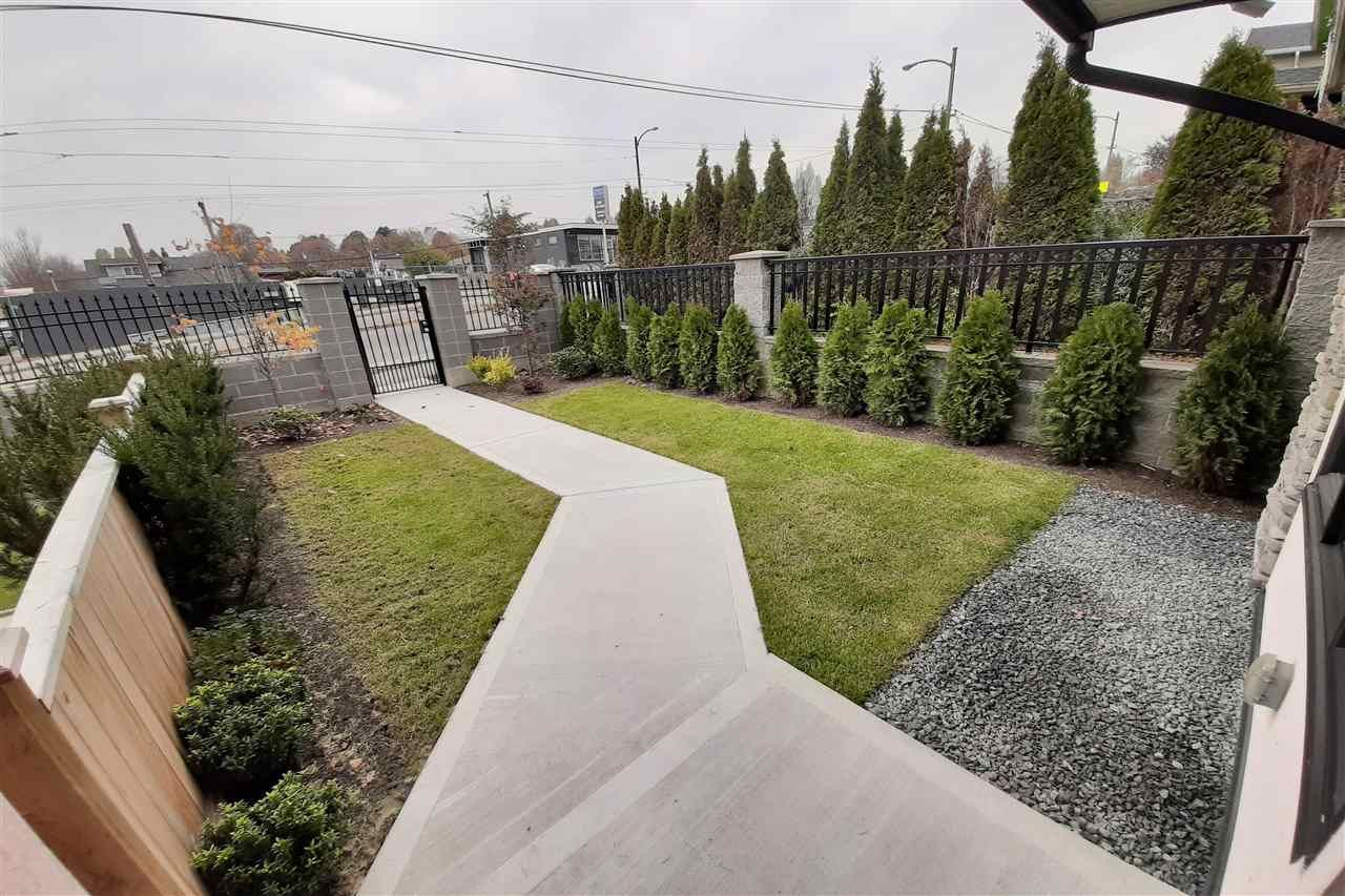 Photo 14: Photos: 8076 FRASER Street in Vancouver: South Vancouver 1/2 Duplex for sale (Vancouver East)  : MLS®# R2416831