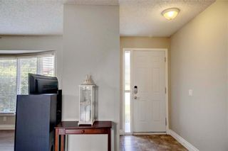 Photo 5: 123 RANCH GLEN Place NW in Calgary: Ranchlands Detached for sale : MLS®# C4197696