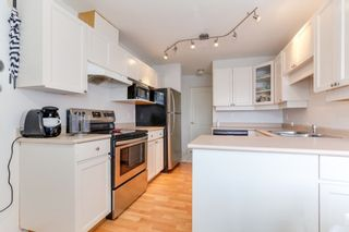 """Photo 12: 301 22722 LOUGHEED Highway in Maple Ridge: East Central Condo for sale in """"Marks Place"""" : MLS®# R2381095"""