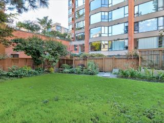 """Photo 22: 204 1860 ROBSON Street in Vancouver: West End VW Condo for sale in """"Stanley Park Place"""" (Vancouver West)  : MLS®# R2619099"""