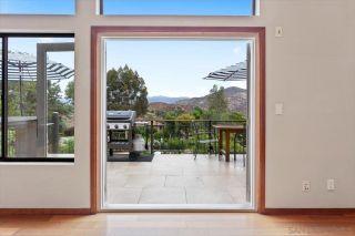 Photo 14: SOUTHEAST ESCONDIDO House for sale : 4 bedrooms : 1436 Sierra Linda Dr in Escondido