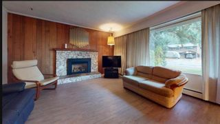 Photo 4: 41727 GOVERNMENT Road in Squamish: Brackendale House for sale : MLS®# R2611106