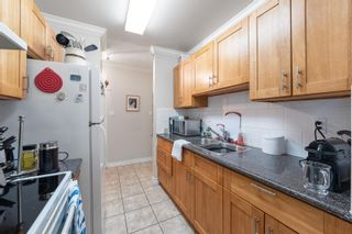 """Photo 14: 217 1850 E SOUTHMERE Crescent in Surrey: Sunnyside Park Surrey Condo for sale in """"SOUTHMERE PLACE"""" (South Surrey White Rock)  : MLS®# R2603585"""