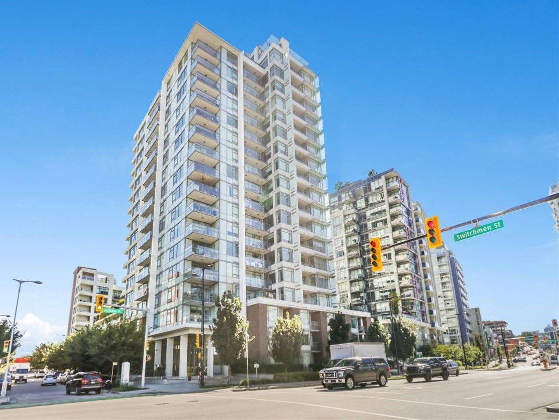 """Main Photo: 510 110 SWITCHMEN Street in Vancouver: Mount Pleasant VE Condo for sale in """"THE LIDO"""" (Vancouver East)  : MLS®# R2507985"""