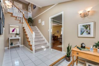 Photo 2: 18957 118B Avenue in Pitt Meadows: Central Meadows House for sale : MLS®# R2487102