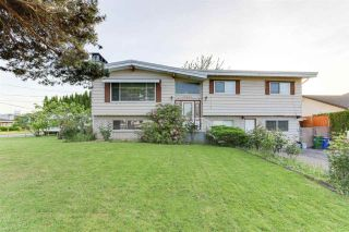 Photo 1: 8435 HILTON Drive in Chilliwack: Chilliwack E Young-Yale House for sale : MLS®# R2585068