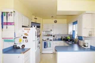 Photo 3: 1909 HORIZON Street in Abbotsford: Central Abbotsford House for sale : MLS®# R2308015