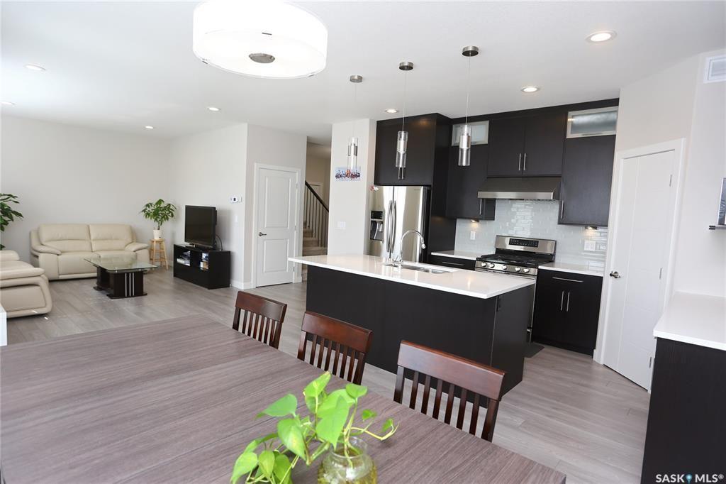 Photo 13: Photos: 230 Warder Cove in Saskatoon: Stonebridge Residential for sale : MLS®# SK843187