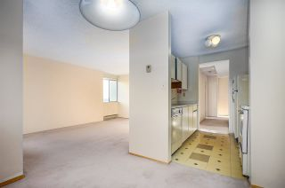 """Photo 5: 1106 9595 ERICKSON Drive in Burnaby: Sullivan Heights Condo for sale in """"Cameron Tower"""" (Burnaby North)  : MLS®# R2422614"""
