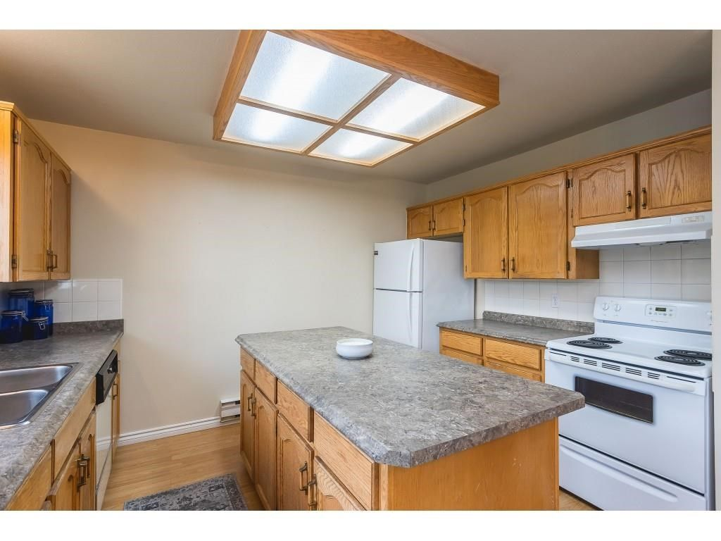 """Photo 7: Photos: 12 32821 6 Avenue in Mission: Mission BC Townhouse for sale in """"Maple Grove Manor"""" : MLS®# R2593158"""
