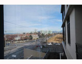 Photo 10: 502 9171 FERNDALE Road in Richmond: McLennan North Condo for sale : MLS®# V754455