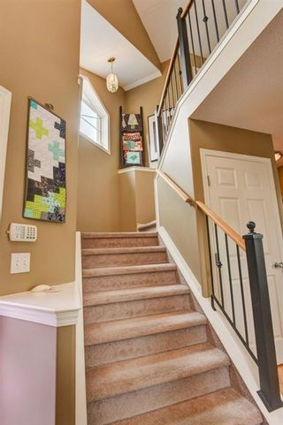 Photo 13: 387 MILLRISE Square SW in Calgary: Millrise Detached for sale : MLS®# C4203578