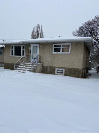 Photo 2: 7932 82 Avenue in Edmonton: Zone 18 House for sale : MLS®# E4227904