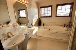 Photo 7: 147 MAYLIEWAN Close in Edmonton: Zone 28 House for sale : MLS®# E4254143