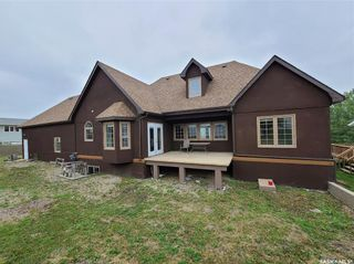 Photo 2: 221 Poplar Crescent in Turtleford: Residential for sale : MLS®# SK864456