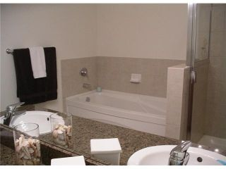 """Photo 9: 502 11 E ROYAL Avenue in New Westminster: Fraserview NW Condo for sale in """"VICTORIA HILL HIGHRISES"""" : MLS®# V861147"""