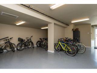 "Photo 17: PH5 15357 ROPER Avenue: White Rock Condo for sale in ""REGENCY COURT"" (South Surrey White Rock)  : MLS®# R2068178"