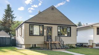Photo 1: 10454 77 Street in Edmonton: Zone 19 House for sale : MLS®# E4261494