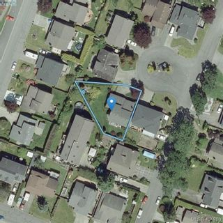 Photo 33: 1283 Santa Maria Pl in VICTORIA: SW Strawberry Vale House for sale (Saanich West)  : MLS®# 804520