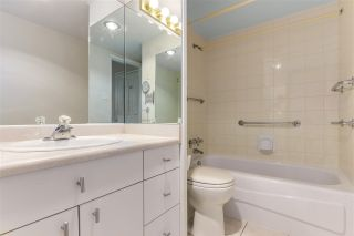 """Photo 21: 2002 1330 HARWOOD Street in Vancouver: West End VW Condo for sale in """"Westsea Towers"""" (Vancouver West)  : MLS®# R2573429"""