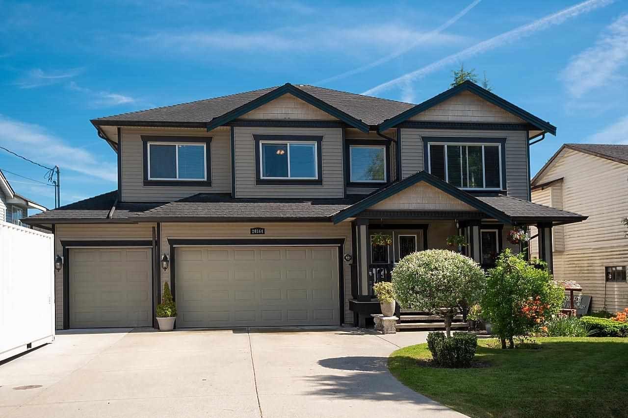 Main Photo: 20164 LORNE Avenue in Maple Ridge: Southwest Maple Ridge House for sale : MLS®# R2582383