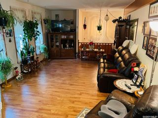 Photo 3: 6 West Park Drive in Battleford: Residential for sale : MLS®# SK867766