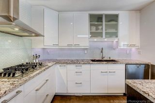 """Photo 8: 7720 TEAKWOOD Place in Vancouver: Champlain Heights Townhouse for sale in """"WOODLANDS"""" (Vancouver East)  : MLS®# R2173091"""