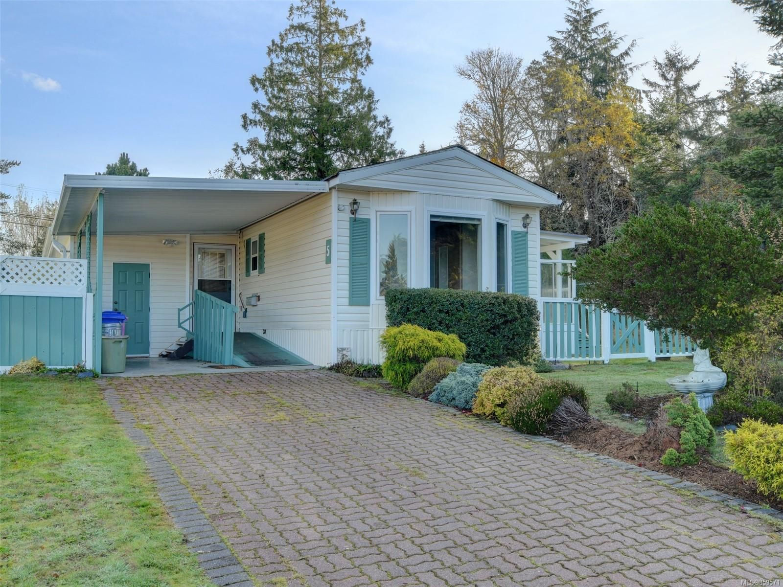 Main Photo: 5 7109 West Coast Rd in : Sk Whiffin Spit Manufactured Home for sale (Sooke)  : MLS®# 859571