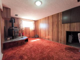 Photo 11: 911 Whitehill Way NE in Calgary: Whitehorn Detached for sale : MLS®# A1118119