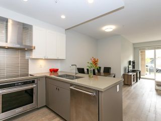 """Photo 10: 211 3399 NOEL Drive in Burnaby: Sullivan Heights Condo for sale in """"CAMERON"""" (Burnaby North)  : MLS®# R2465888"""