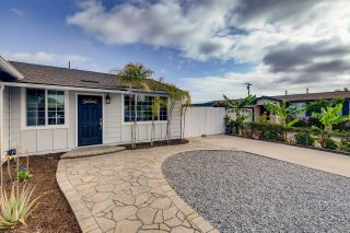 Photo 2: CLAIREMONT House for sale : 3 bedrooms : 6521 Thornwood St in San Diego