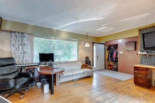 Photo 4: 71 Columbia Place NW in Calgary: Collingwood Detached for sale : MLS®# A1135590