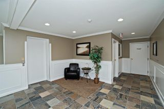 """Photo 12: 205 33165 OLD YALE Road in Abbotsford: Central Abbotsford Condo for sale in """"SOMERSET RIDGE"""" : MLS®# R2081971"""