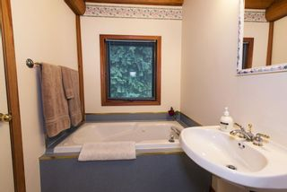 Photo 11: 1039 Scotch Creek Wharf Road: Scotch Creek House for sale (Shuswap Lake)  : MLS®# 10217712
